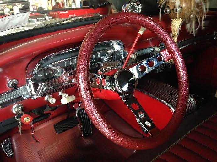 1960 Comet dash, Grant wheel