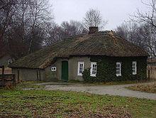 Lehmhütte im Moormuseum Moordorf