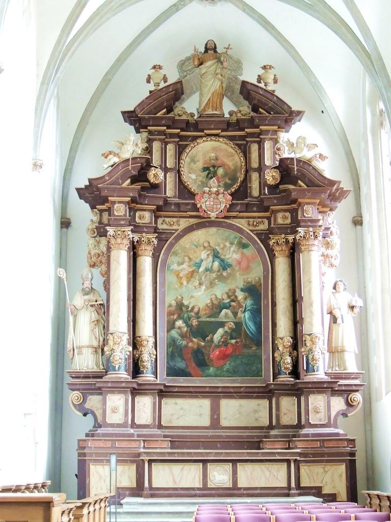 """Hochaltar von 1655 der ehemals katolischen Kirch """" St. Maria in vinea"""""""