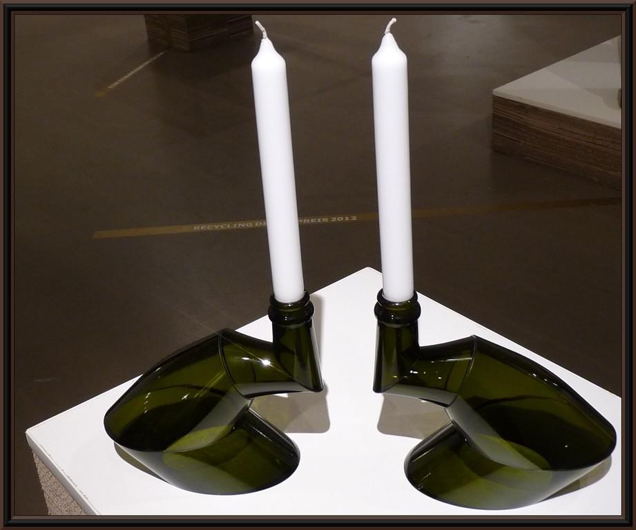 Kerzenständer aus Glasflaschen