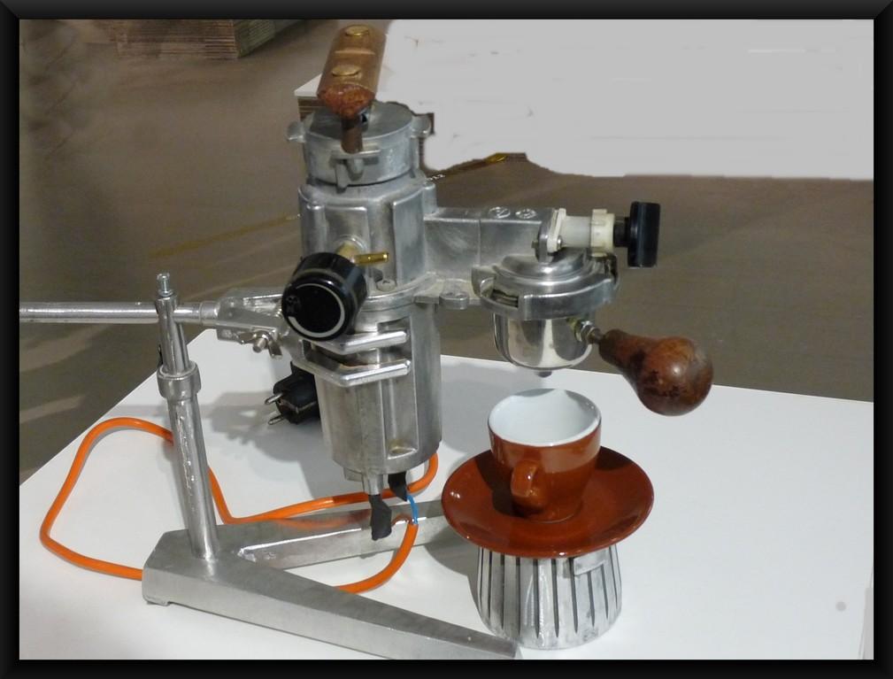 Espressomaschine aus Staubsaugerteilen