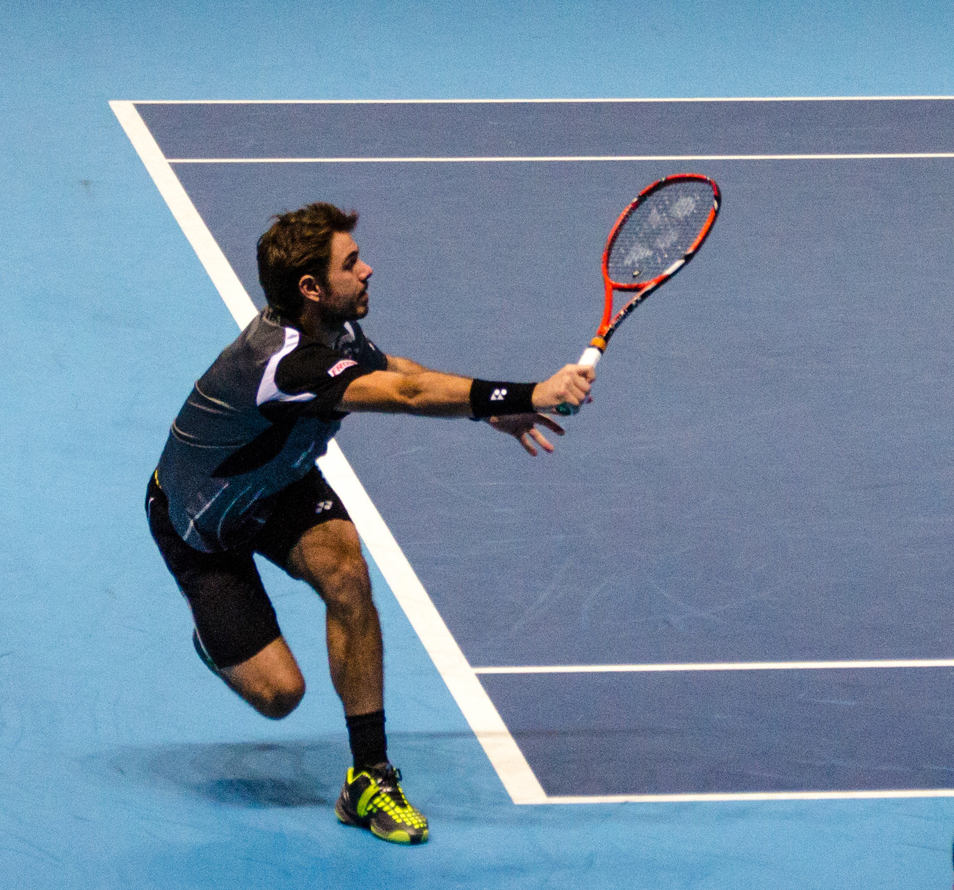 Gewaltig strecken wird sich Titelverteidiger Stan Wawrinka müssen. Der Schweizer bekommt es ... (Foto by: Michael Frey (Michael Frey) (Own work) [CC BY-SA 3.0 (http://creativecommons.org/licenses/by-sa/3.0)], via Wikimedia Commons)