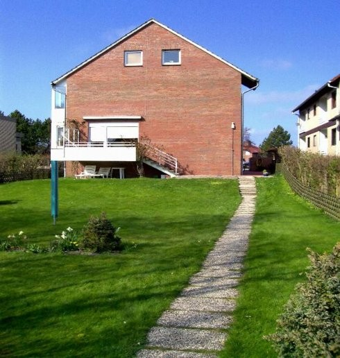 Ferienwohnung Borkum: Blick auf das Haus Kiebitz von außen