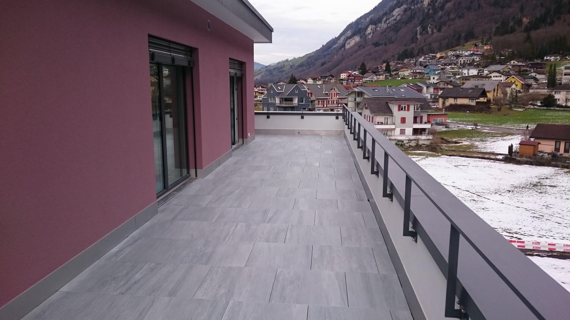 Mauerabdeckung Aluminium Pulverbeschichtet, Wolfenschiessen