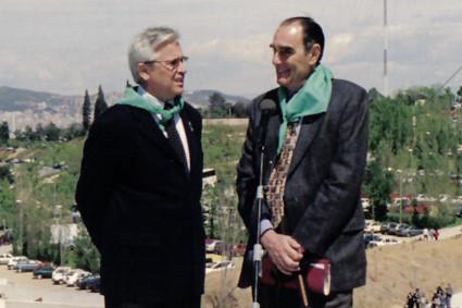 L'alcalde Clos i el president de l'Associació en la inauguració del Jardí (1999).