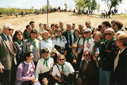 Grup de Voluntaris en la inauguració del Jardí Botànic (1999).