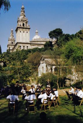 Concierto en la fiesta de primavera (1999).