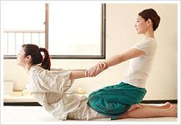 タイ古式マッサージ腰痛