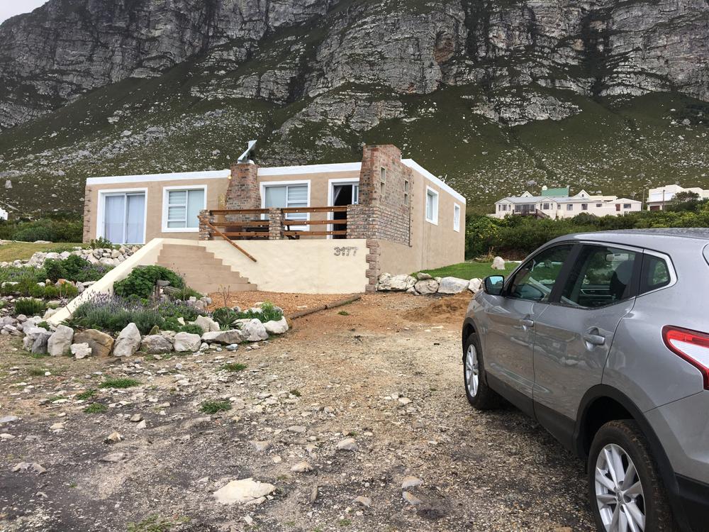 Unser Ferienhaus, das Haus von Christo. Zwischen Bergen und dem Meer. Super.