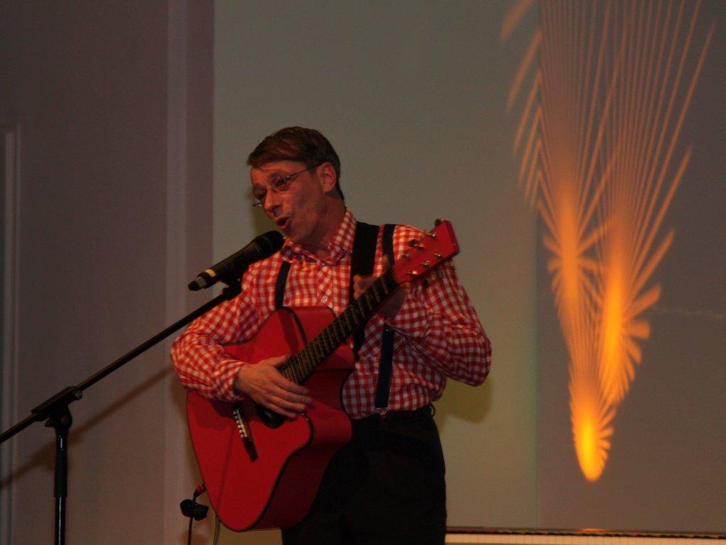 Musikkabarettist Thorsten Hitschfel