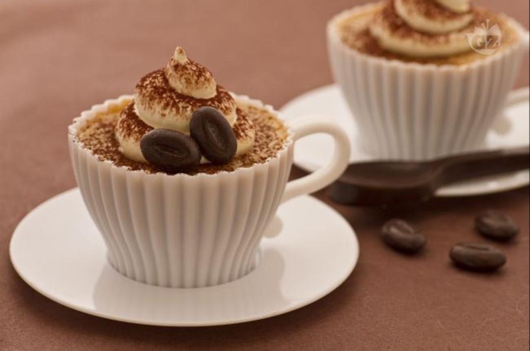 Scopri le nostre semplici ricette per gustosi dolci al caffè