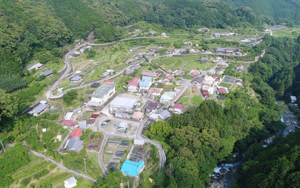古座川町平井集落 遠景