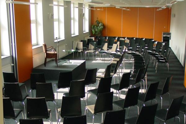 Kinobestuhlung Vorlesung - Raum 3 u. 4