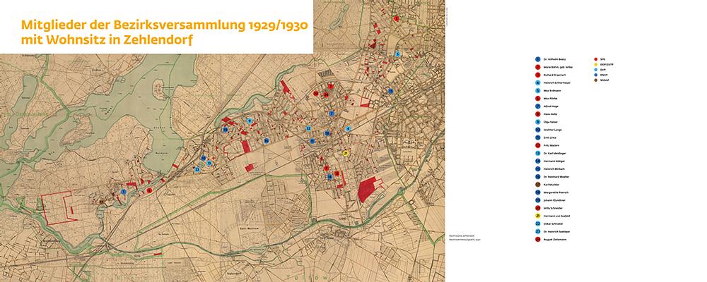 """Ausstellung """"Abgesägt"""": Karte vom Bezirk Zehlendorf. Die Markierungen zeigen die Wohnadressen der Mitglieder der Bezirksversammlung 1929/1930, 2 m x 0,8 m."""