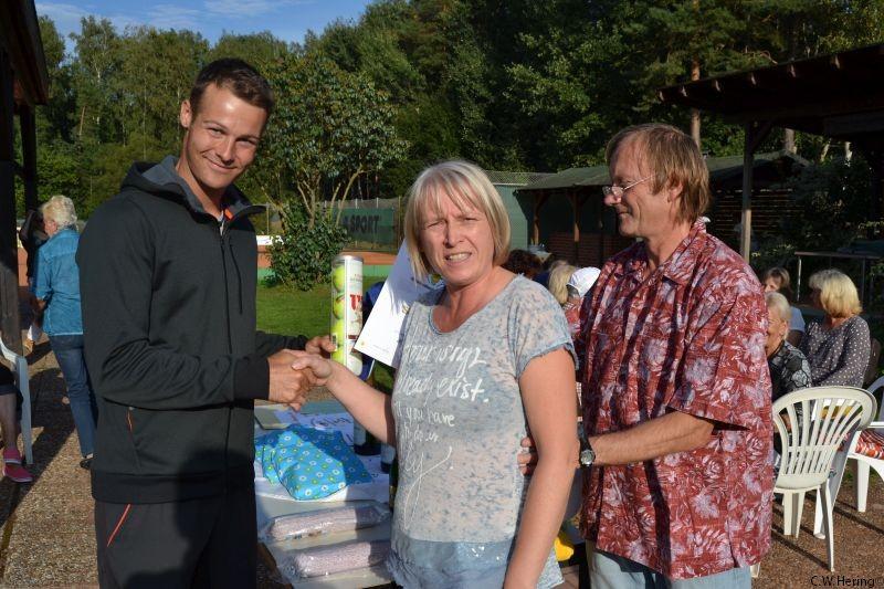 1. Sieger Moritz Jessen mit dem Orgateam Inge Engel und Wilfried Meier