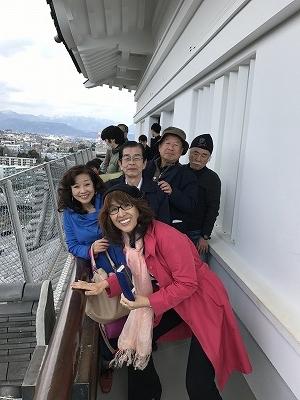 リニューアルされた小田原城に入りました。大変きれいに、さまざまな新しい要素が入り、とても魅力あるお城に大変身(^^♪お城の一番上の回廊からの眺めは最高でした。