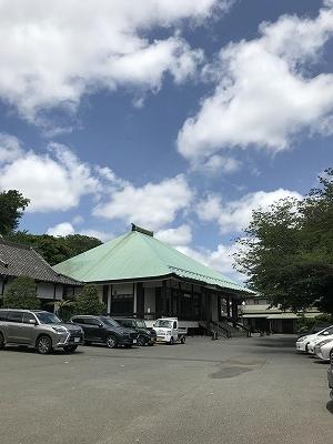 立派な妙香寺です。ここは、なんと国歌「君が代 発祥の地」「日本吹奏楽発祥の地」でありました!!