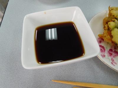 そばつゆを茹で始めた途端、教室中、良い食欲をそそる香が充満しました~(^_^)v
