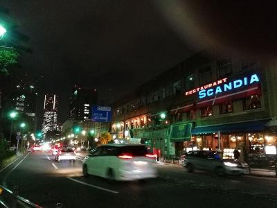 横浜大桟橋近くにある、レトロ感たっぷりのの波止場会館1階のサラ」にて、貸し切りパーティでした(^^♪