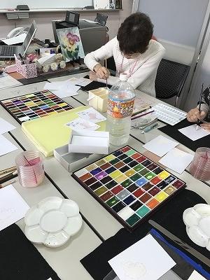 絵具(顔料)は大変高いお値段です。とても綺麗な色です(^^♪