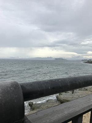 江ノ電に再度乗車~稲村ケ崎へ。いつ来てもここからの海の眺めは最高です(^^♪