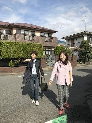 追伸:京急ニュータウンの住宅地を歩いていると、隣同士の家の住所が「戸塚区」と「港南区」に分かれていました(*''▽'')不思議でした。開発前の古道の尾根道がそのまま区境になったと推測されてるそうです。