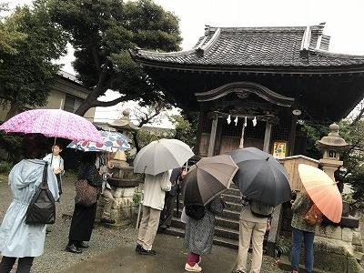 最終目的地「駒形天満宮」に到着。若い男女の悲恋物語が伝わっているそうです。とても小ぶりな由緒ある寺でした。