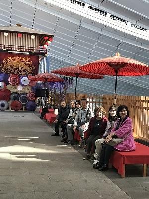 赤い番傘がオシャレ!!