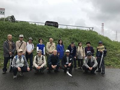 雨も上がりました(^^♪ 本日の散策は、「新緑」が、私たちにすがすがしい気持ちと癒しを与えてくれました!!
