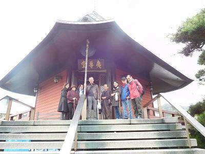 日蓮宗の本覚寺は、「源頼朝」が鎌倉幕府の開幕の際に幕府南西の裏鬼門にあたる方向の鎮守として、夷神を守り神として祀りました。