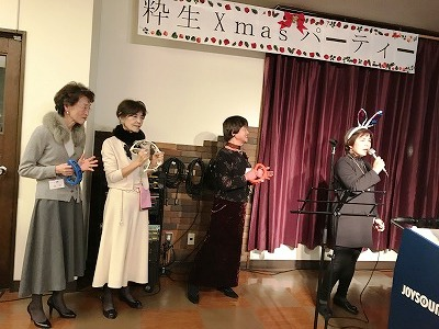 カラオケ同好会の披露♬~♫ さすがメンバーさん、上手ですねぇ(^^♪