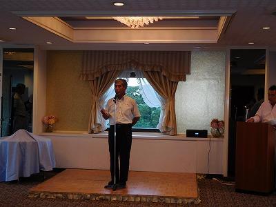 乾杯のあいさつは粋生倶楽部でお馴染みの横浜ぶらり散策の講師でもあり、ホテルの地域の自治会長さんです!