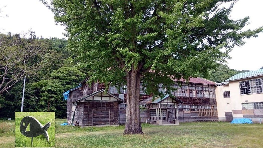チェックポイントは昭和村の見所が多く取り入れられている。 映画「ハーメルン」の舞台ともなった旧喰丸小学校の校庭にあるお魚を探そうとか、、、