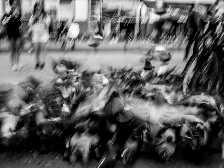Doves in a jumble   Berlin Alexanderplatz