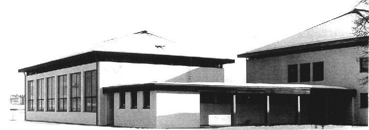 1979 wird der Turnsaal fertig gestellt