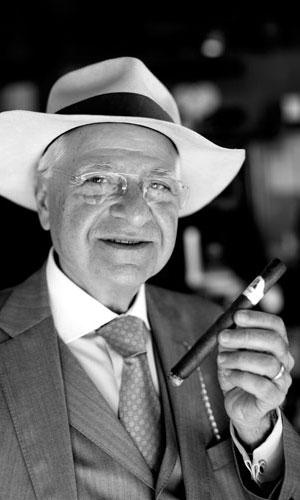 The Cigar World, Cosima Aichholzer, EDWARD SAHAKIAN