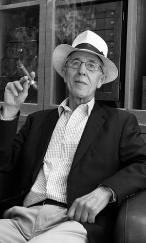 The Cigar World, Cosima Aichholzer, Simon Chase