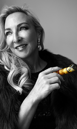 The Cigar World, Cosima Aichholzer,  Sir David Tang