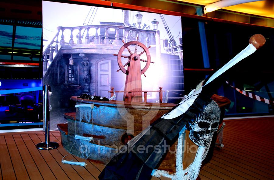 Set de escenografía: Proa de barco pirata