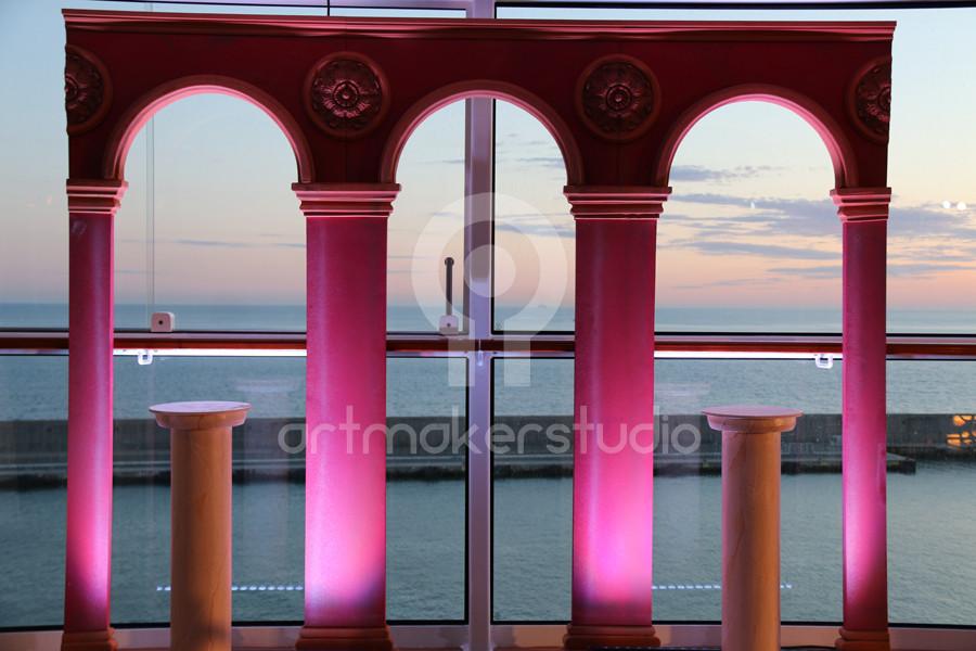 Arcos marmolizados estilo romano