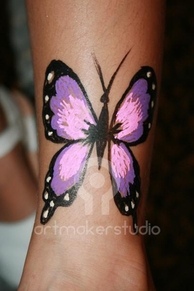 Tattoo temporal pintado a mano - Mariposa