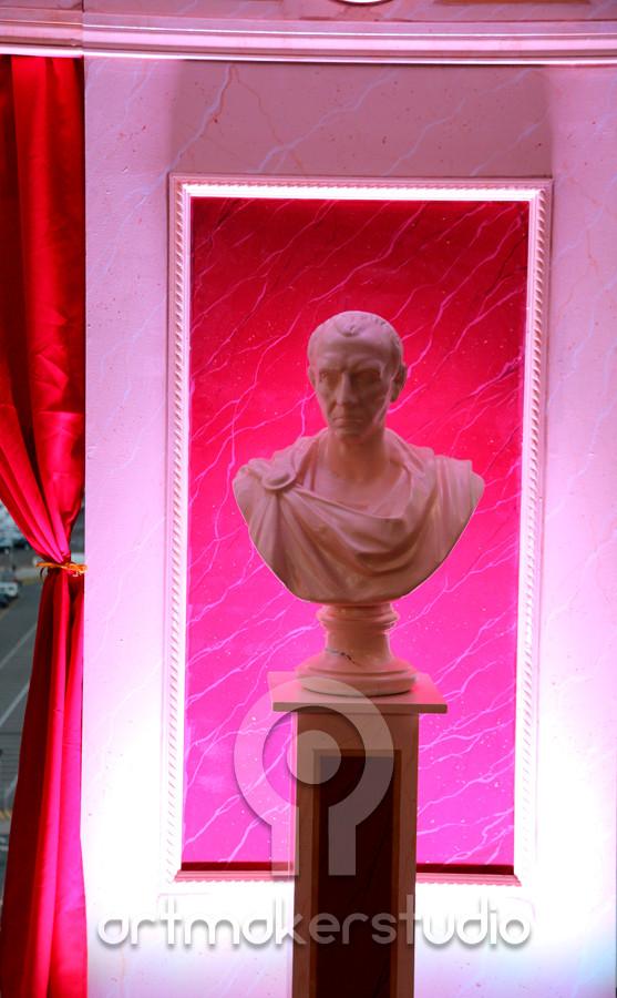 Pared marmol y busto para escenografía