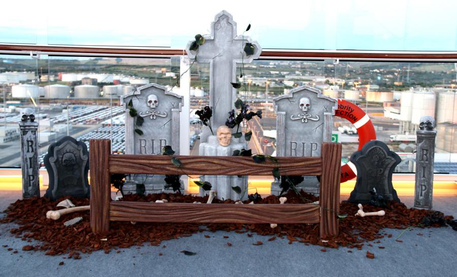 Set de escenografía: cementerio de día