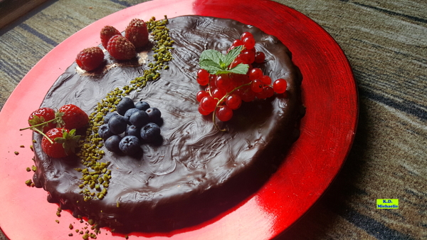 Dinkel-Dreams 3: Saftige Schokoladen-Himbeer-Tarte mit echter Schokolade