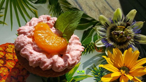 Dinkel-Dreams 3: Mandarin-Orangen-Cupcakes mit Himbeer-Kuss