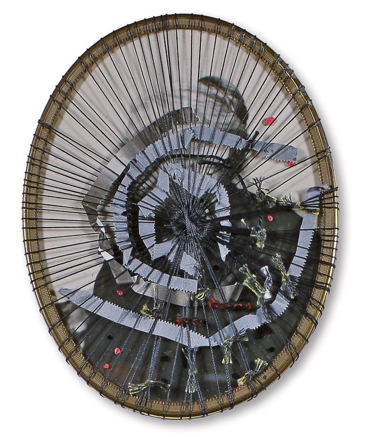 """aus der Serie """"zurück in die Zukunft"""", Entstehungsjahr: 2015, Technik: Foto, Collage, bestickt, Größe: 13 cm x 10 cm ohne Rahmen, 26 cm x 20 cm x 3,5 cm incl. Rahmen"""