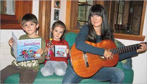 Musik und Lieder haben bei Jacqueline Rubli und ihren Kindern einen grossen Stellenwert.
