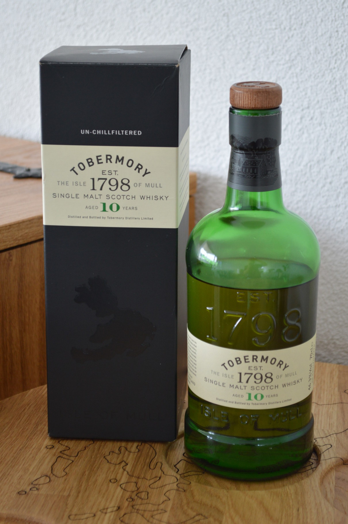 ISLANDS - Tobermory* - Aged: 10 years - Bottler: Original - 70cl - 46,3%