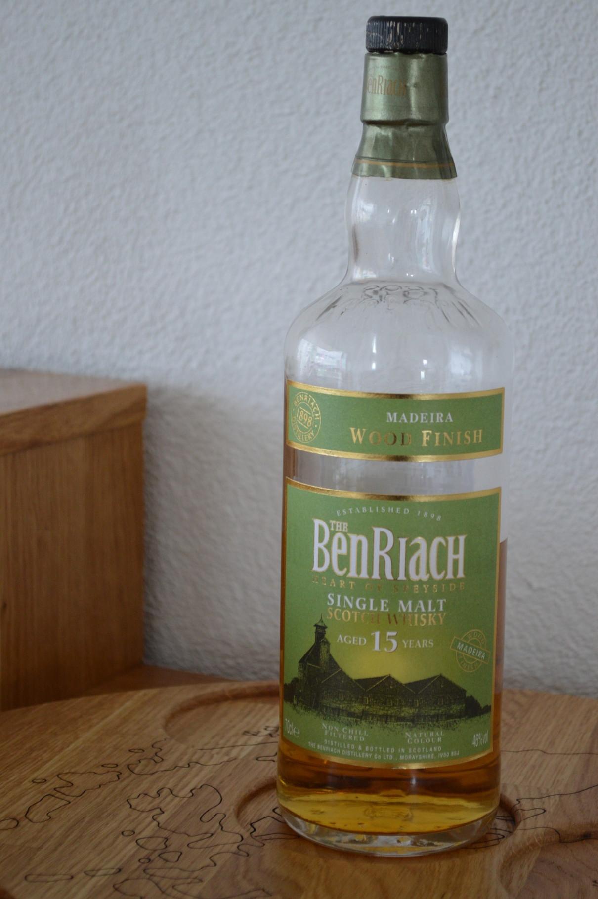 SPEYSIDE - BenRiach* - Aged: 15 years - Bottler: Original - 70cl - 46% - Madeira Finish