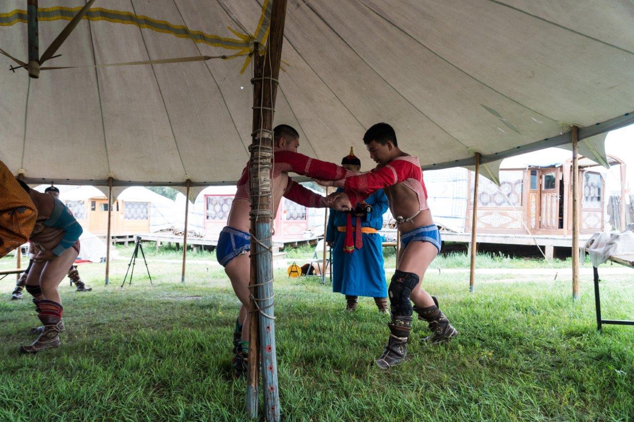 Mongolischer Ringkampf